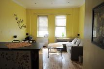 Apartment in Albany Road...