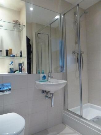 shower 20 gloucester portrait.jpg