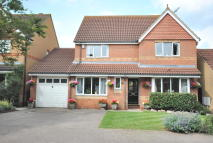 4 bedroom Detached property in Dahlia Close, Cheshunt...