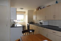 Maisonette to rent in Somers Road, Southsea