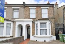 3 bed property in Delafield Road, Charlton...