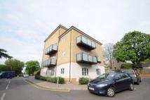 2 bed Flat in Talehangers Close...