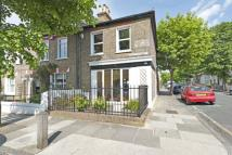 2 bedroom Cottage for sale in Furzefield Road...