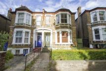 2 bed Flat in Jerningham Road...