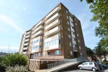 Apartment to rent in Boundary Road, Worthing