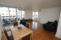 Apartment in Admirals Court...