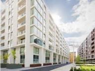 Apartment in Lanterns Way, London, E14