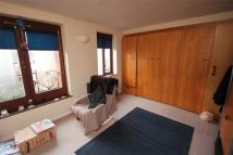 Flat to rent in Discovery Walk, Wapping...