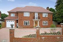 Detached home in CARSHALTON BEECHES