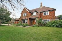5 bedroom Detached house in SOUTH CHEAM