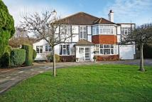 5 bed Detached home in BANSTEAD