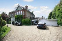 2 bed Flat in SOUTH CHEAM