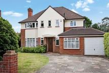 4 bed Detached property in SOUTH CHEAM