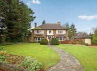 6 bed Detached house in SOUTH SUTTON
