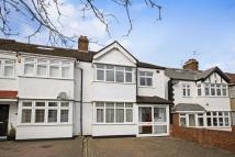 3 bed semi detached house to rent in CHEAM