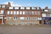 Flat to rent in CHEAM