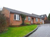 Detached Bungalow for sale in Barleymow Close, Chatham