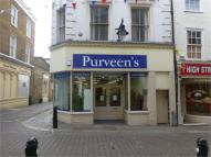 property to rent in High Street, Gravesend, Kent