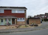 3 bed semi detached property in Istead Rise, Gravesend