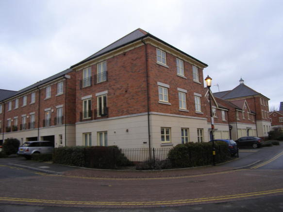 2 bedroom apartment to rent in Sansome Place Worcester