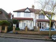 3 bedroom semi detached house to rent in Chalkwell Park Drive...