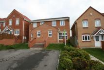 3 bedroom semi detached house to rent in Langdon Close...