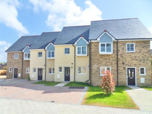 2 Tayberry Close