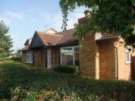 2 bedroom Detached Bungalow in FARM CLOSE, SAWTRY