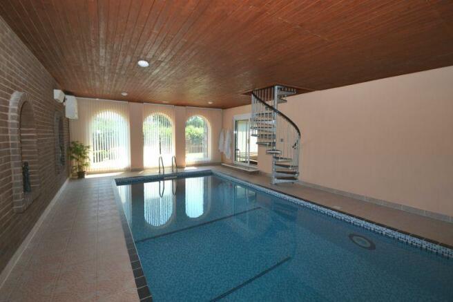 Swimming Pool Room