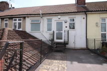 2 bedroom Flat in Straits Parade...