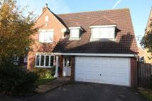 4 bedroom Detached home in Lewis Close...