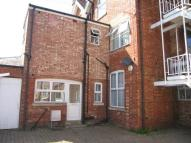 Ground Flat to rent in Town Centre, Rugby...