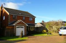 4 bed Detached property in Fairfield Close...