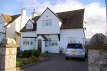 3 bedroom Detached home in Marine Drive...