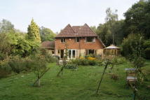 4 bedroom Detached house for sale in Potbridge, Odiham