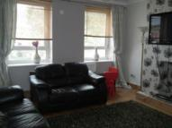 3 bedroom Flat in Brangebourne Road...