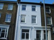 Flat to rent in Shardeloes Road...