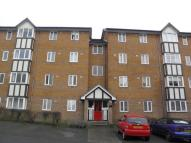 2 bed Flat to rent in Rothesay Court...