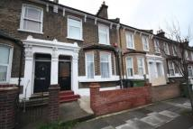 Flat to rent in Malpas Road, Brockley...