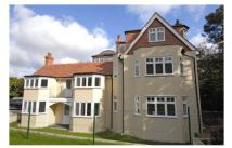 2 bed Apartment to rent in Baston Road, Hayes, BR2