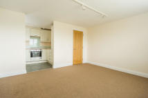 Flat to rent in Chestnut Road, Botley...