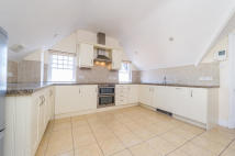Apartment to rent in Woodstock Rd...
