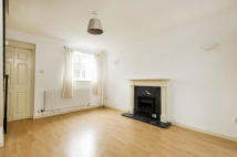 2 bed Terraced house to rent in Bowerman Cl...