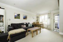 Terraced property to rent in Denton Close, Botley...