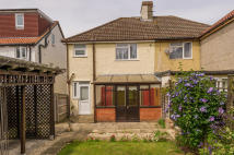 semi detached house to rent in Cleveland Drive, Cowley...