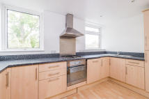 4 bed Town House in Harefields, Oxford...