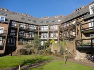 1 bedroom Flat in Folly Bridge Court...