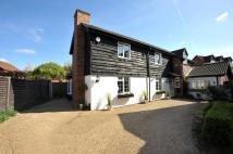Detached home in Hornchurch, RM11