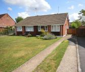 2 bedroom Bungalow in Monks Risborough
