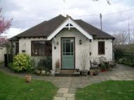 3 bed Detached Bungalow in Sutton Road, Cookham